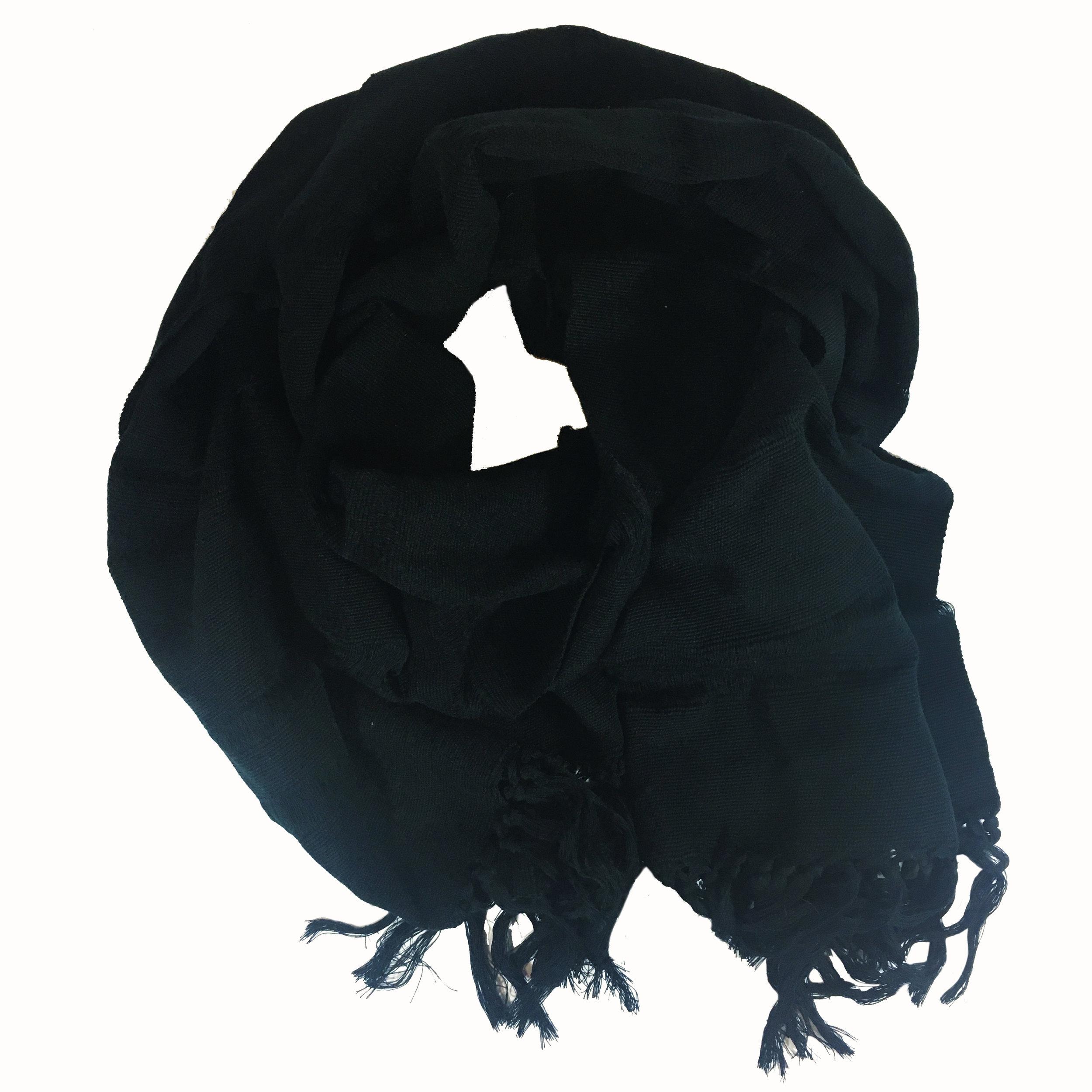 scarf_black.jpg