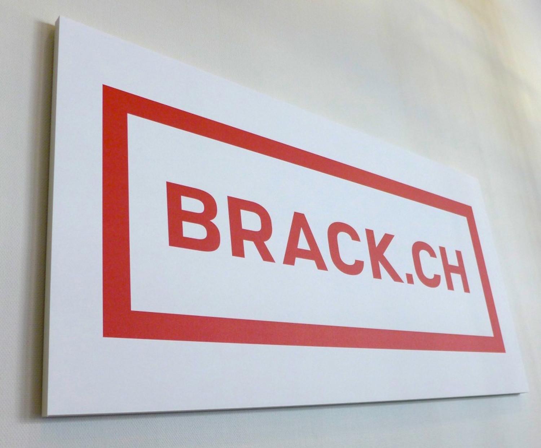 Kopie von Akustikbild für Brack.ch im Competec Logistikcenter