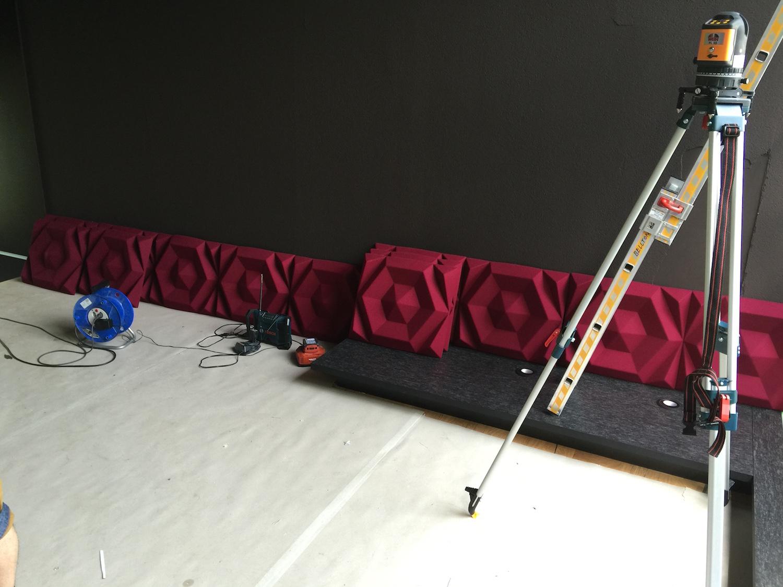 Raumakustik-Schallschutz-Design-Wandabsorber-Johanson-Beehive-Rectangular-Rib-Wall3.jpg