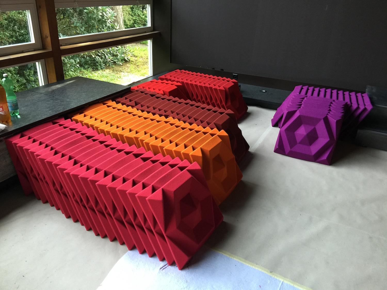 Raumakustik-Schallschutz-Design-Wandabsorber-Johanson-Beehive-Rectangular-Rib-Wall1.jpg