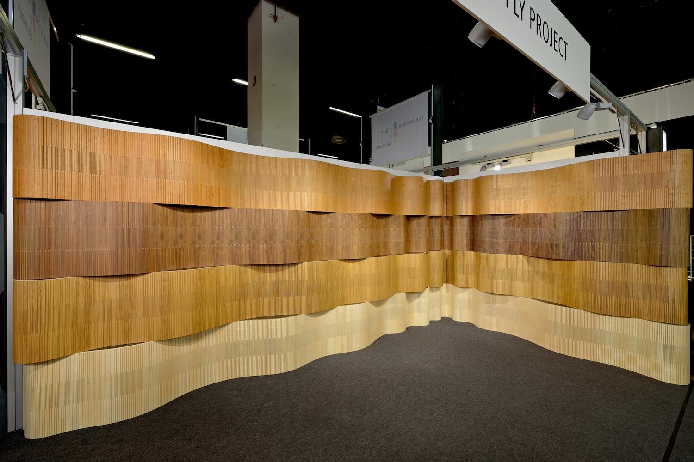 PLY PROJECT «Wavy» - flexible, schallabsorbierende Holzverkleidung