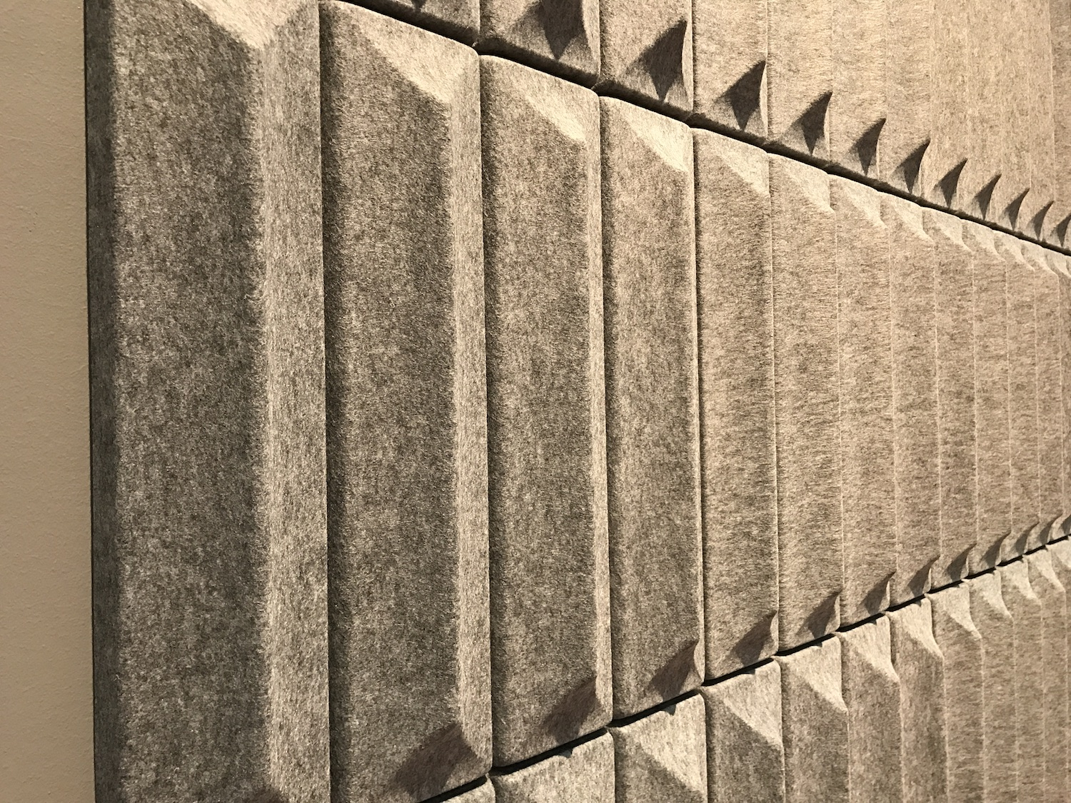 Wandabsorber Soundwave «Ceramic» by Offecct