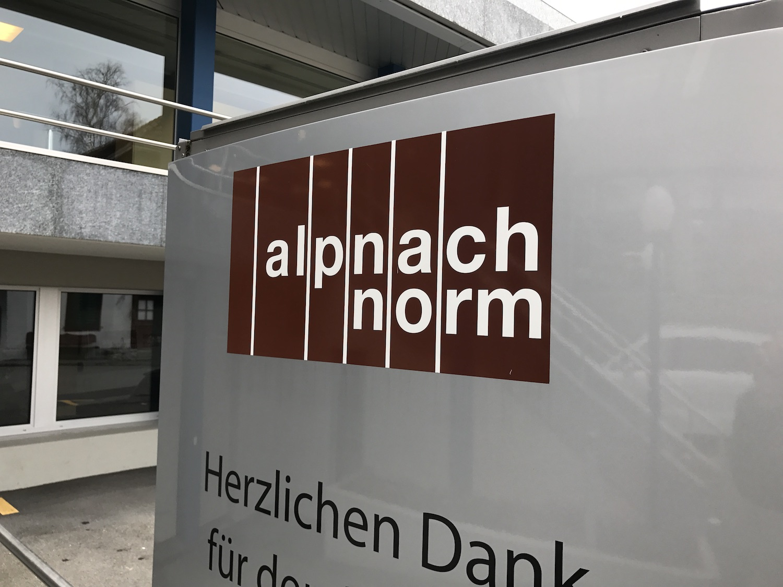 Alpnach Norm Raumakustik Ausstellung Bellton AG Ecophon Solo24.jpg