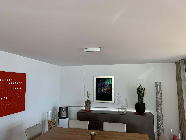 Akustik-Spanndecke in einer Wohnung