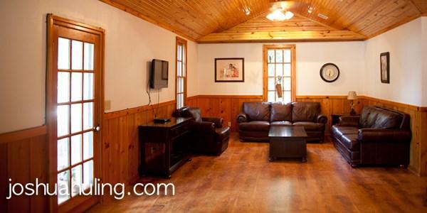 Rock Cottage inside 2.jpeg