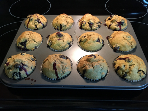 Behold, the deliciousness that is muffin.