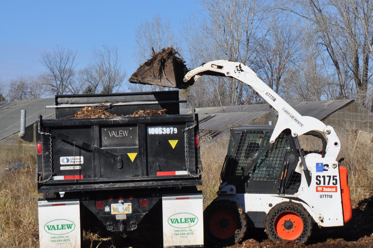 compost_delivery_minneapolis.jpg
