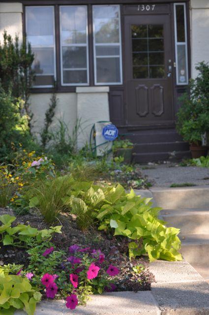 front_yard_flower_garden.jpg
