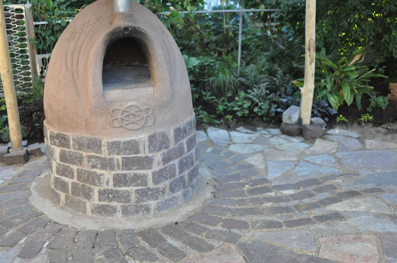 pizza_oven_stone_patio_installers.jpg