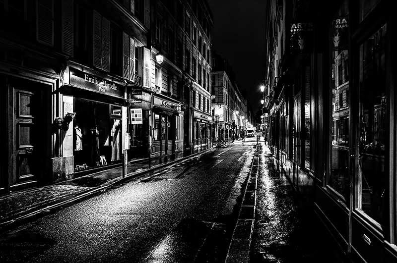 Paris at Night - Rue de Vernueuil