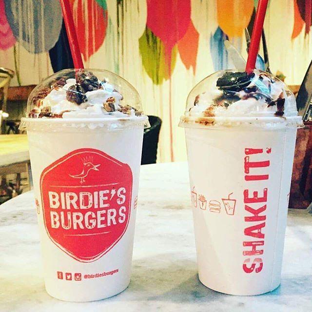 Birdie's milk shake- shake it! . . . . . #sanmigueldeallende #mexico #shakes #oreo
