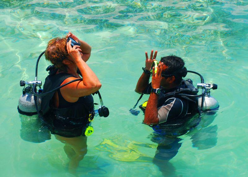 Scuba Diving instruction Belize