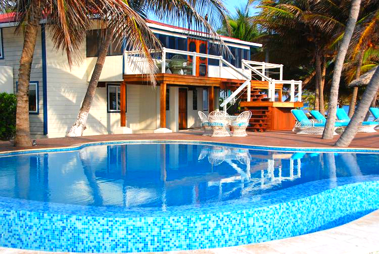 Fishing lodge in Belize, feature the best fly fishing for bonefish, fishing for permit, and tarpon in Belize. Scuba Diving and snorkeling adventure too.