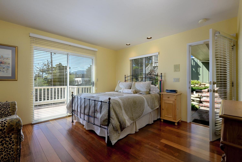 170OliveStreet_Bedroom2.jpg