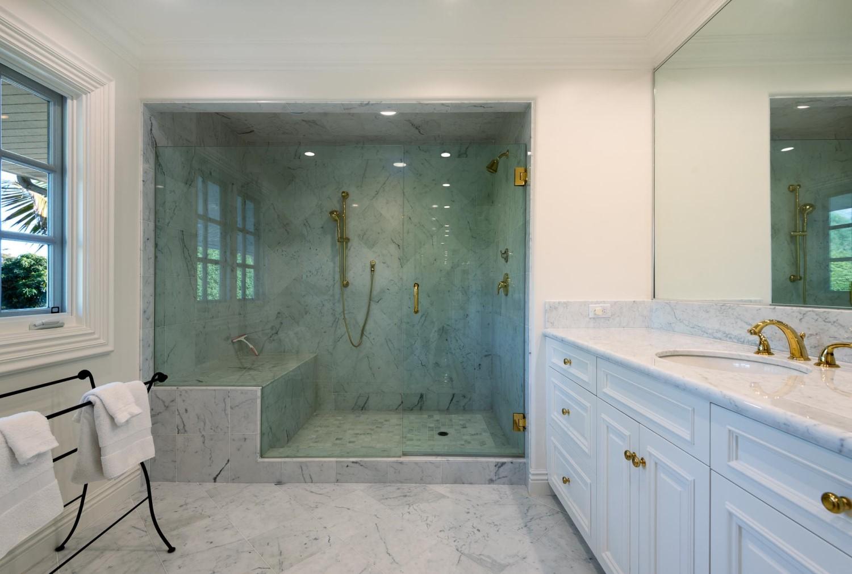 1060GolfRoad_Bathroom2.jpg