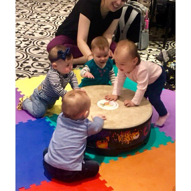 Join us for our BRAND NEW UES CLASS tomorrow at @thepeclub 3PM 🙌🏻 🎵 • • • #nyc #newyork #nycphotography #nycphotographer #nycphoto #thebump  #babyclass #musicclass #toddlerclass #kidclass #theatreclass #performance #performanceclass #nyc #nycphotographer #nycphotography #nyctoday #nycmom #nycdad #nycparents #nycbaby #nycbabies #nyctoddler #nyctoddlers #nyckid #nyckids #mommyminglenyc #kidpass