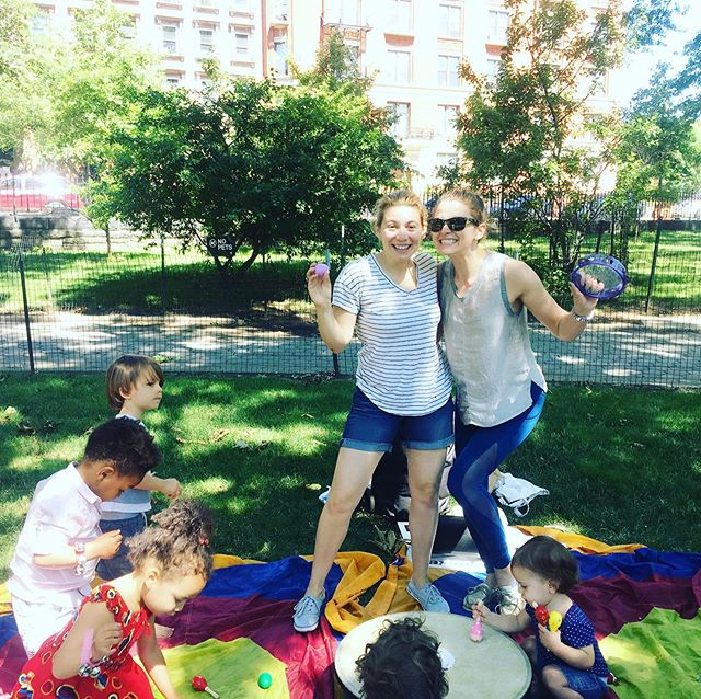 Park classes start this week! Thursdays at 11 am in Sheep's Meadow and Fridays at 10:30 in Marcus Garvey Park. Sign up through our website or on @kidpass  #nyckid #kidpass #musicclass #babyclass #nycevent #babymusic #pineappleexplorers #pineappleexplorersclub #nyckidclasses #music #learning #adventure