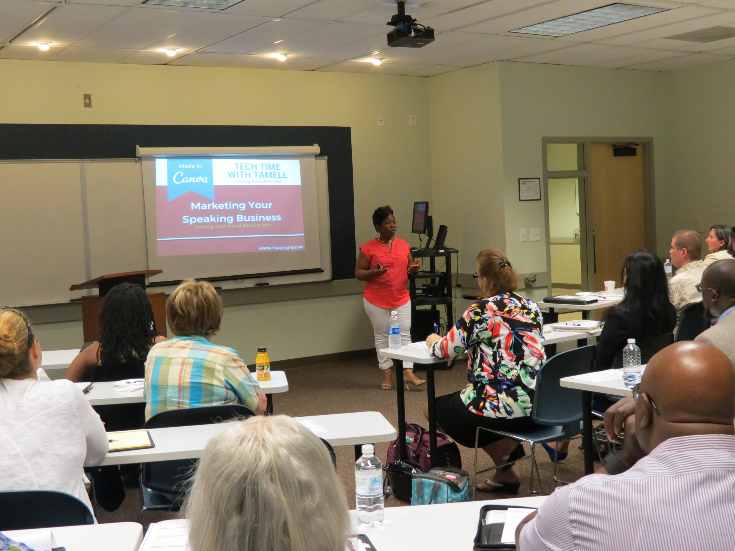 Tamell speaking to a local Toastmasters group about marketing their speaking business