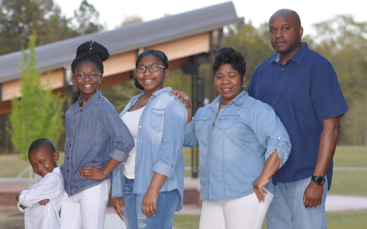 The Green Family: Jason,Sr., Tamell, Jasiya, Jakayla, and JJ.