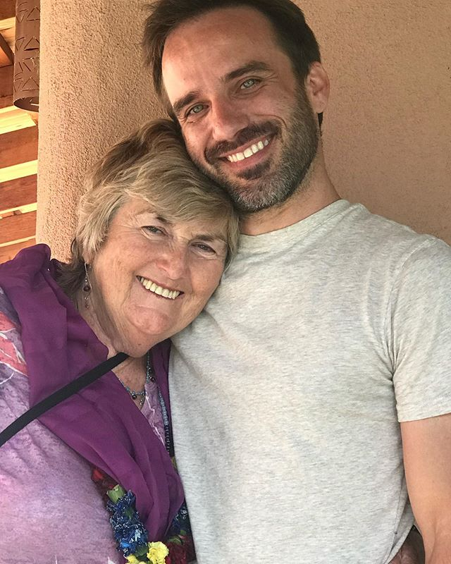 Happy birthday @dassima108 ! (2 days late) Dassi, you keep the train on the tracks. Mother of the @babaramdass house and such a dear and loving ma to me. I'm so grateful for your thoughtfulness, care, and support. You never get enough credit. Love you. ❤️🙏 . . . . . . . #birthday #beherenow #ramdass #love #bhakti #peace #joy #family #kindness #thoughtfulness #taos #newmexico #bhakti #maharaji #ma #strongwomen #home #hanuman #babaneemkaroli #mother