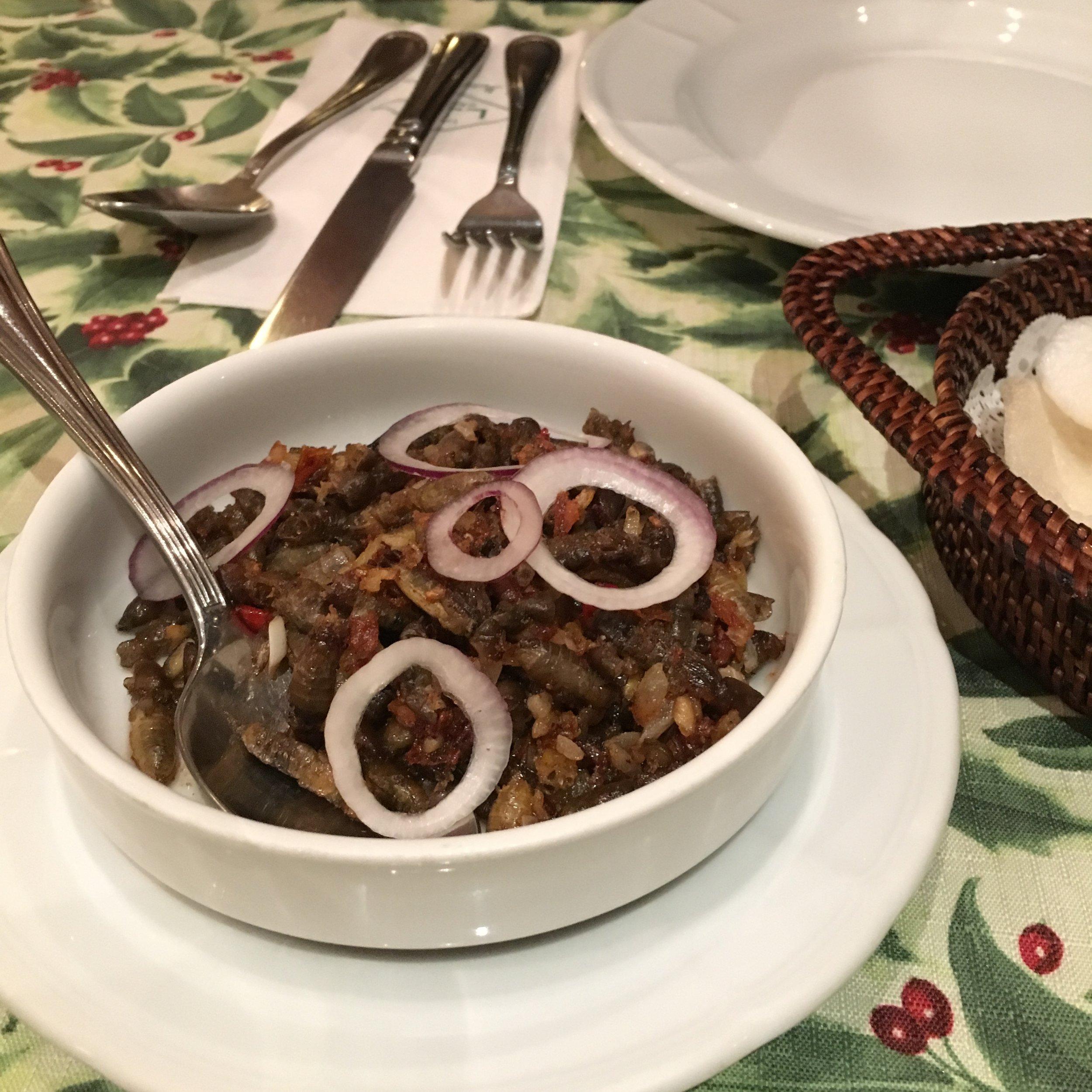 My favourite Filipino food: Crispy Spice Kamaru from Bistro Remedios in Manila