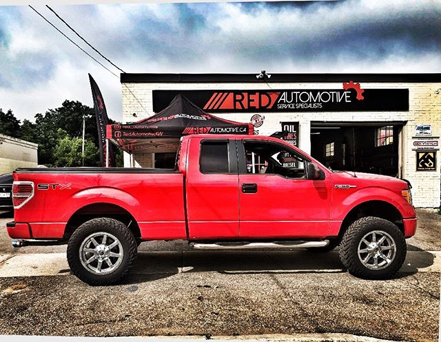 """2013 Ford F150 with 6"""" Procomp Lift Kit, 35"""" Fuel Gripper M/T Tires and Custom Exhaust.  ________________________________ 📧:contact@redautomotive.ca 📞:519.781.1711 🌎:www.redautomotive.ca 📍:25 Weber St. North. Waterloo, Ont. Canada _______________________________ #Ford #fordf150 #customexhaust #liftkit #liftedlife #performance #kw #kwawesome #wrawesome #procomp #fueloffroad #offroad #4x4 #fabrication #waterloo #conestogacollege #ulaurie #uwaterloo #procompliftkit #fuelgrippermt #stainlessexhaust #flowmaster10series"""