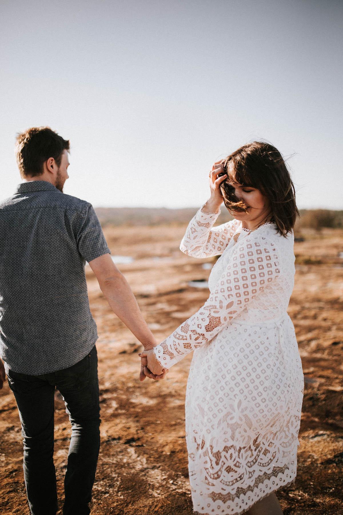 wedding dress ideas for outdoor elopement