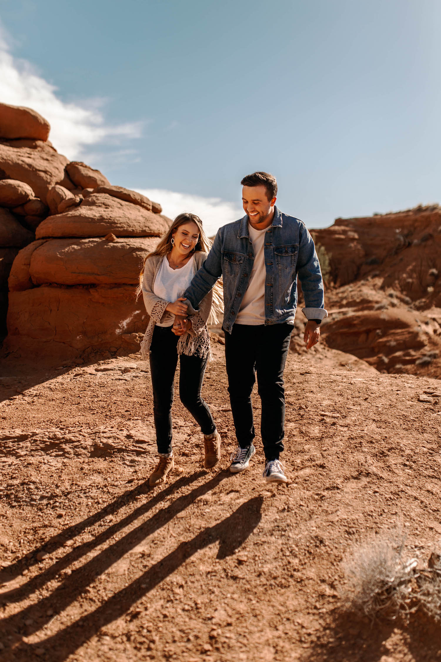 Bryce-Canyon-National-Park-Adventure-Couple-Session-4.jpg