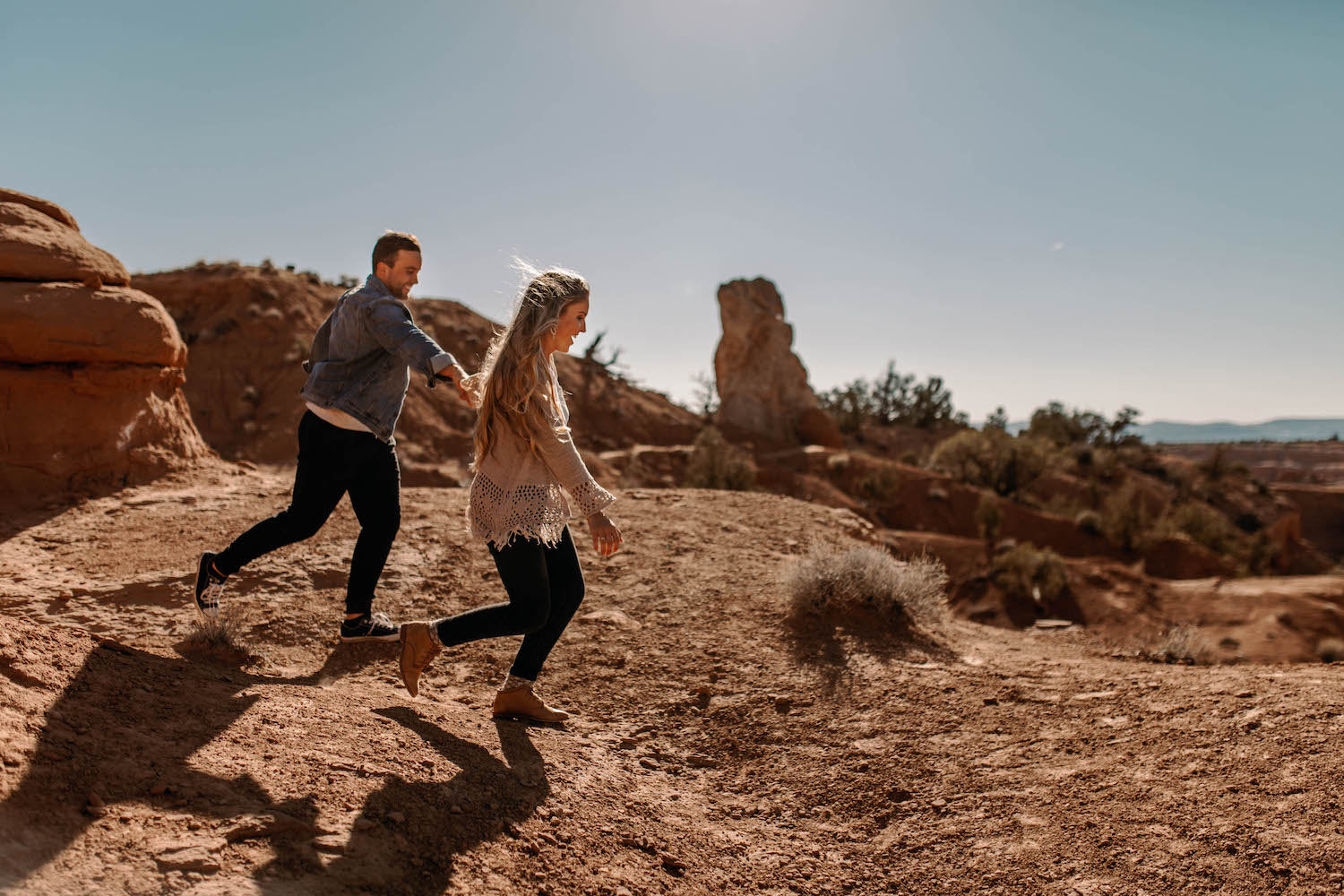 Bryce-Canyon-National-Park-Adventure-Couple-Session-15.jpg