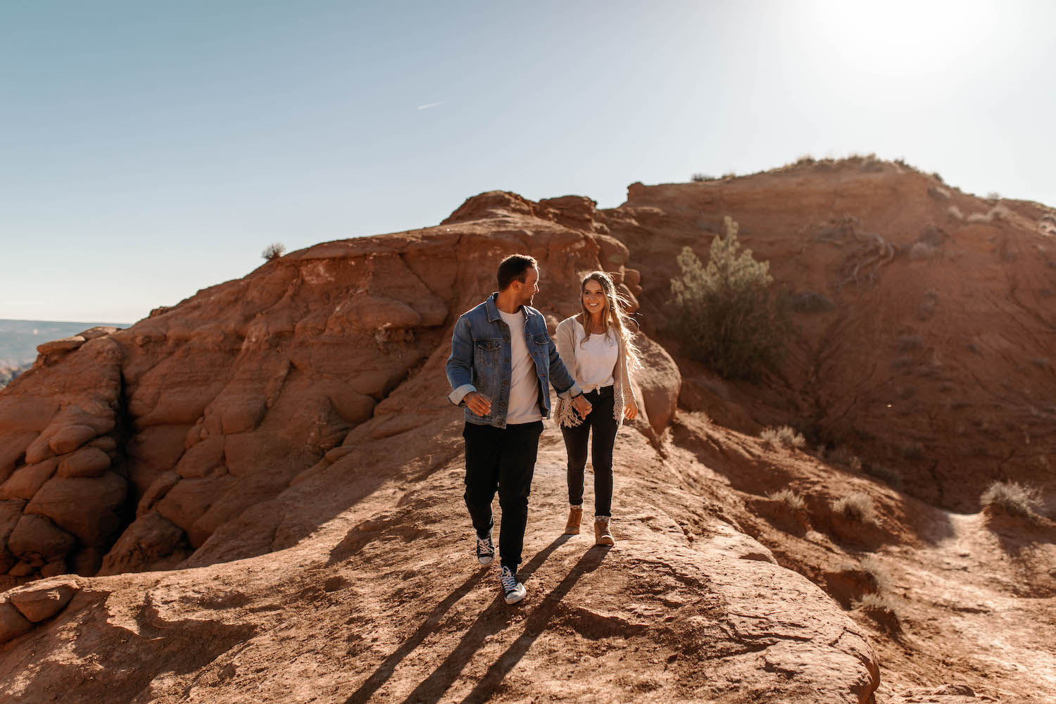 Bryce-Canyon-National-Park-Adventure-Couple-Session-27.jpg