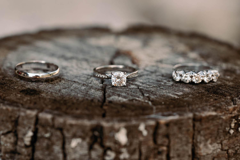 Outdoor-Wedding-Ring-Photos-on-Tree-Stump150.jpg