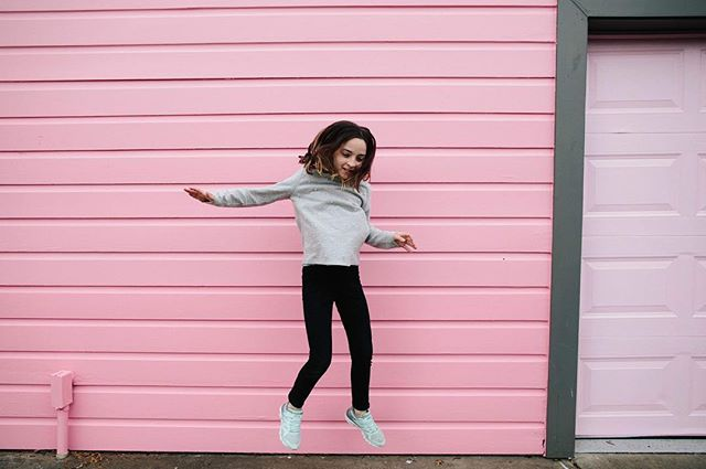 Just our favorite pink house!!! #sharedjoy⠀ #emotionalstorytelling⠀ #thecandidclass⠀ #ig_motherhood⠀ #cameramama⠀ #candidchildhood⠀ #enchantedchildhood⠀ #shamoftheperfect⠀ #honestlyparents⠀ #childhoodpure⠀ #agaleryformom⠀ #momtog⠀ #pixel_kids⠀ #liveauthentic⠀ #from_your_perspective⠀ #uniteinmotherhood⠀ #momlife⠀ #kidsmood⠀ #momentsinthesun⠀ #letthembelittle⠀ #thehappynow⠀ #dailyparenting⠀ #motherhoodthroughinstagram⠀ #momtogs #airbnb #bishopartshideaway