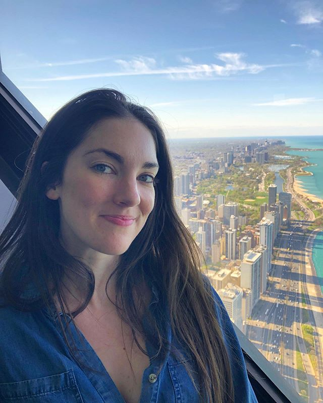 Being a tourist in my own city with momma. • • • • • #chicago #signatureroom #3artscafe #restorationhardware #view #city #cityscape #lakemichigan #fridayfunday #mothersday #momma #exploring #friday #motherdaughter