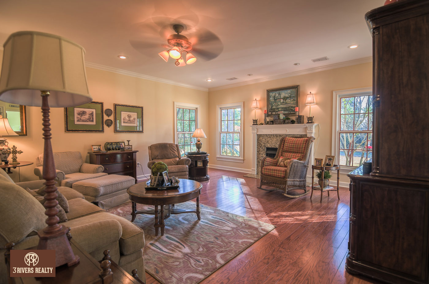 southern-living_georgia-real-estate_3-rivers-realty_south-georgia_home-for-sale_executive-home_home-and-land_decatur-county_custom-home_acreage-7.jpg