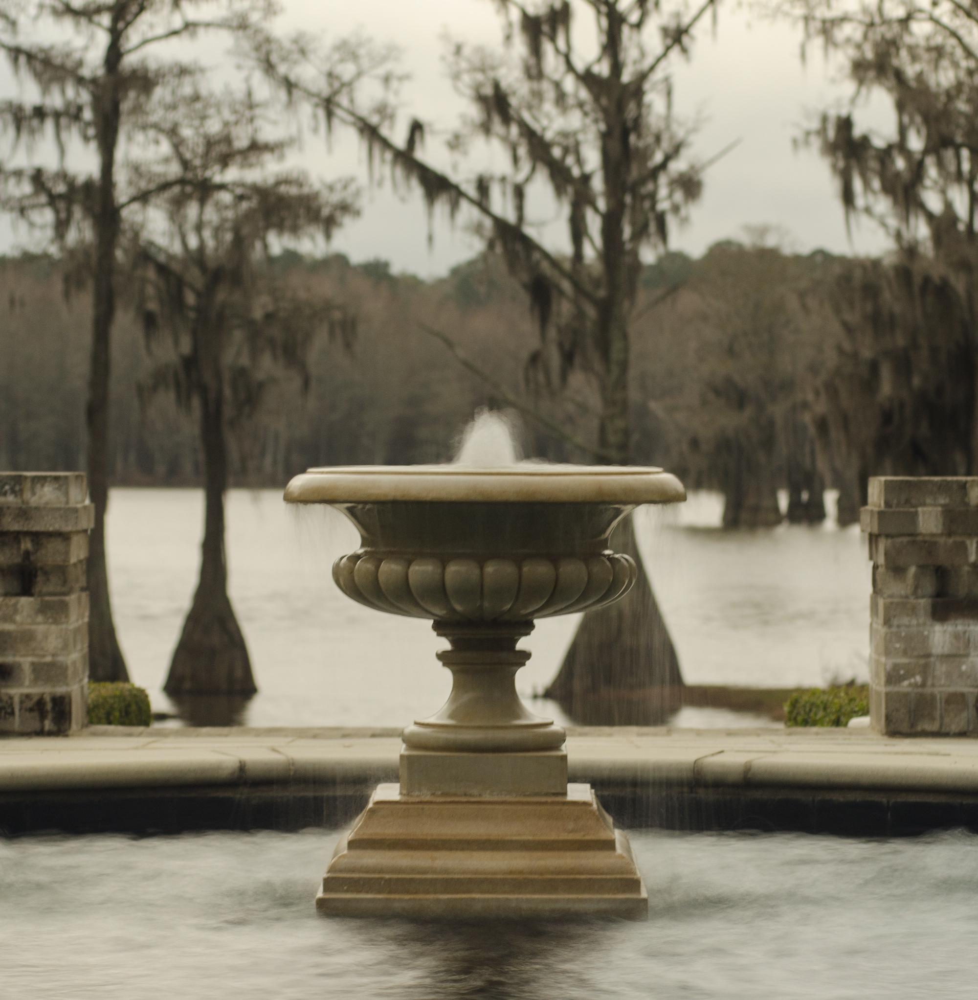 lake-douglas-fountain.jpg