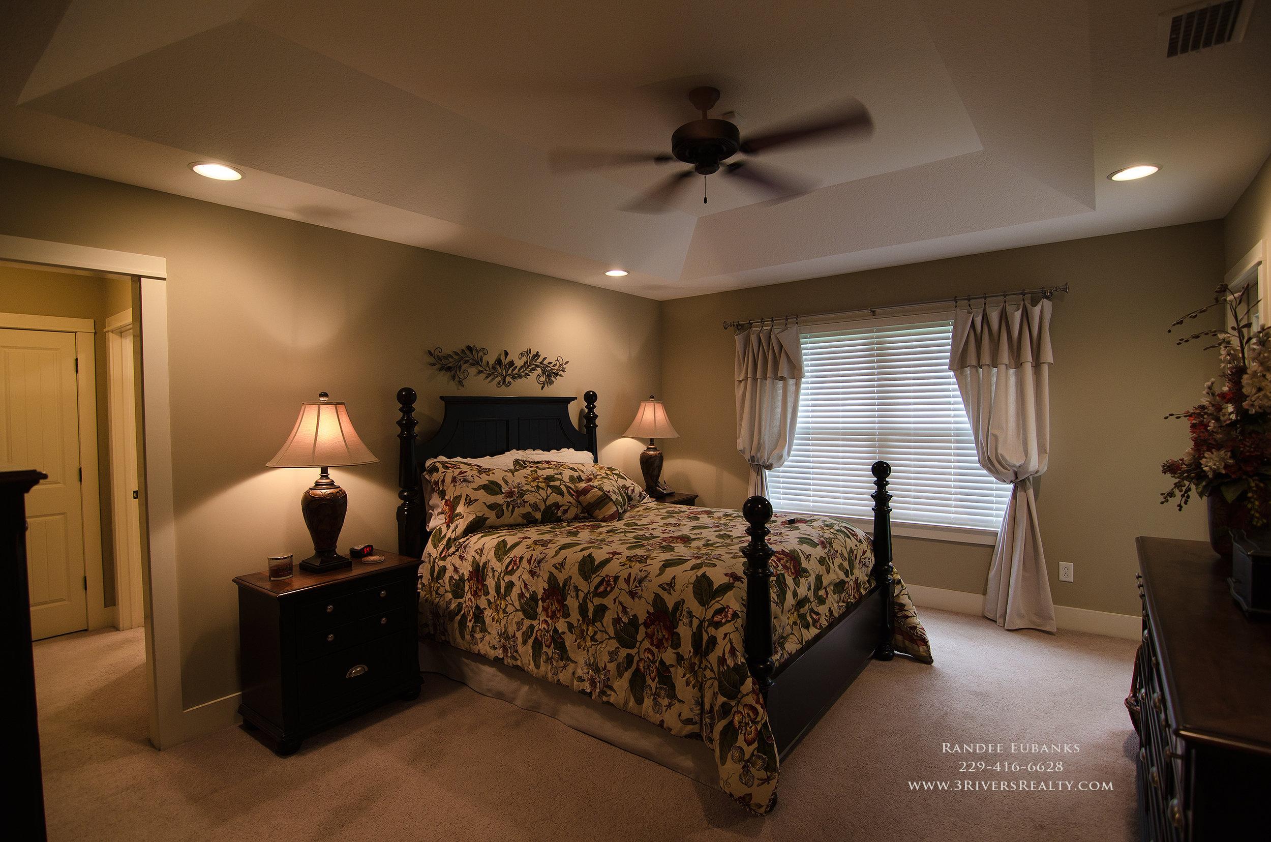 3riversrealty_bainbridge-georgia-home-for-sale_3-bed-2-bath_outdoor-fireplace_three-rivers-realty_mills-brock_Taurus-USA_-pool_back-porch-bedroom1 - Copy.jpg