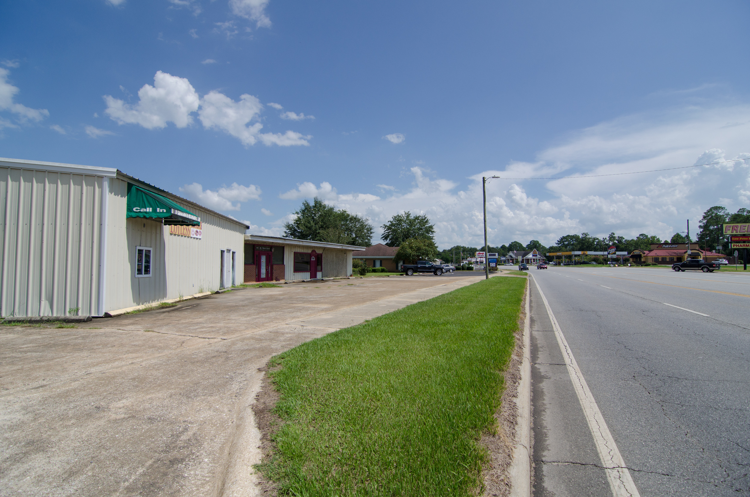 3riversrealty,three-rivers-realty-downtown-donalsonville,commercial,millsbrock,randee-eubanks,highwayfrontage2 (1).jpg