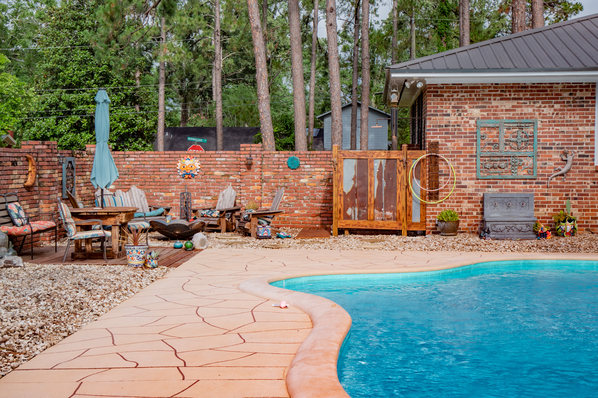 3-rivers-realty,3rr,911-morningside-drive,bainbridge-real-estate,bainbridggarealestate,mills-brock,three-rivers-realty,pool-fire-pit-shower.jpg