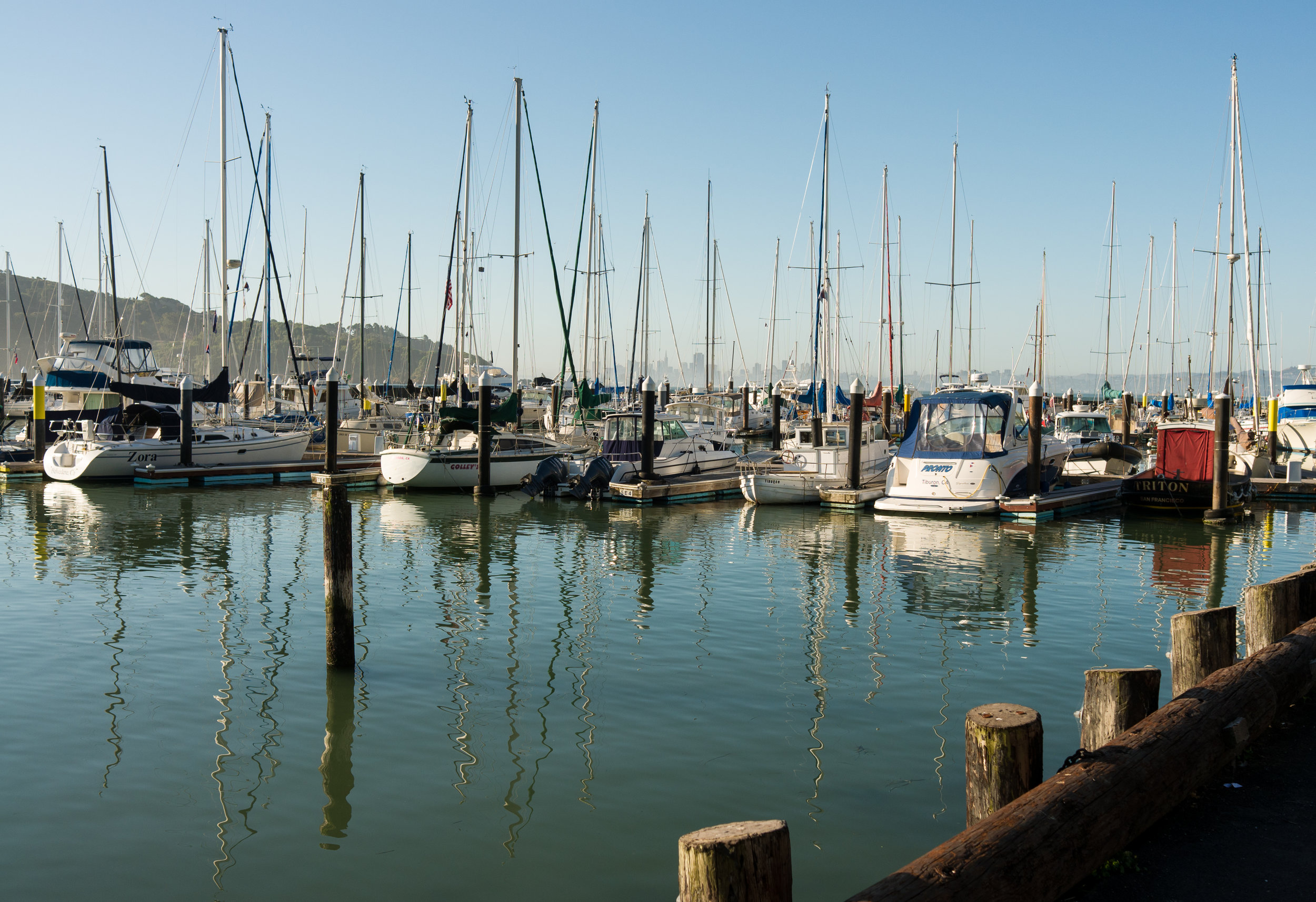 Corinthian_Yacht_Club_Tiburon.jpg