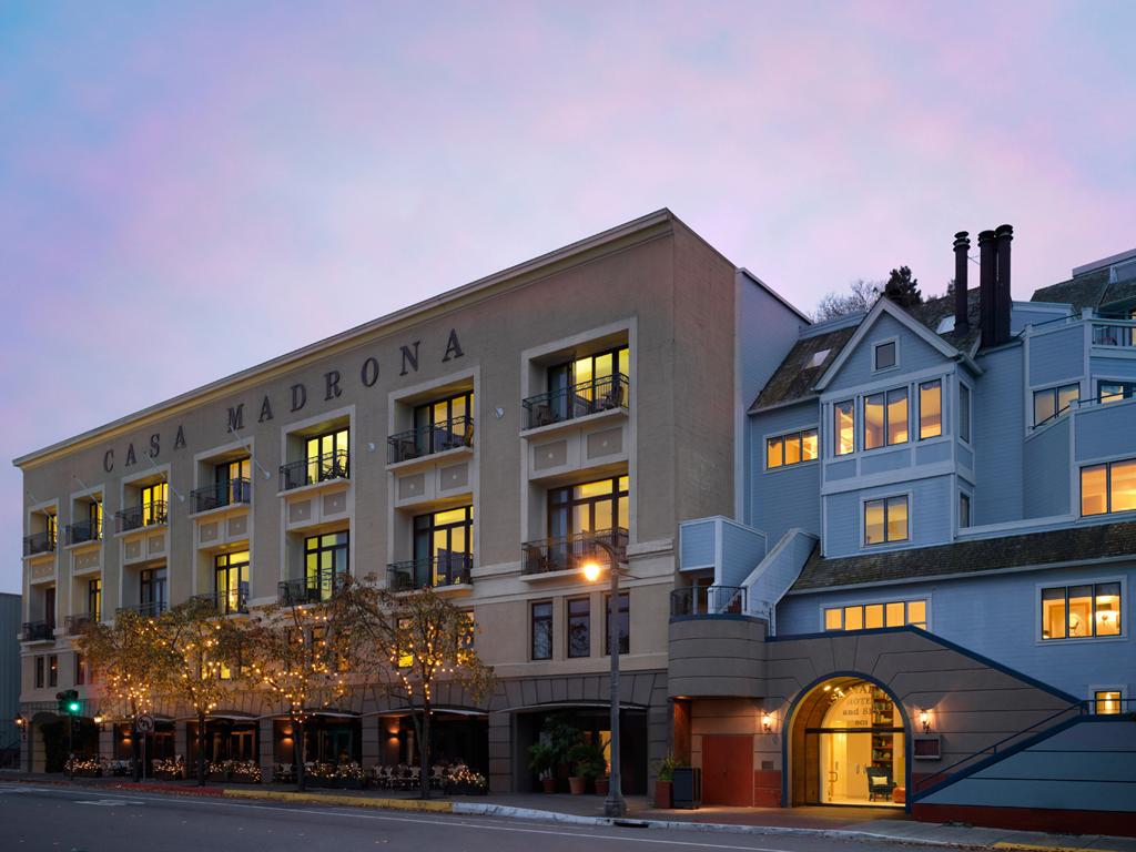 53daff86dcd5888e145dc035_casa-madrona-hotel-spa-sausalito-marin-county-california-104675-1.jpg