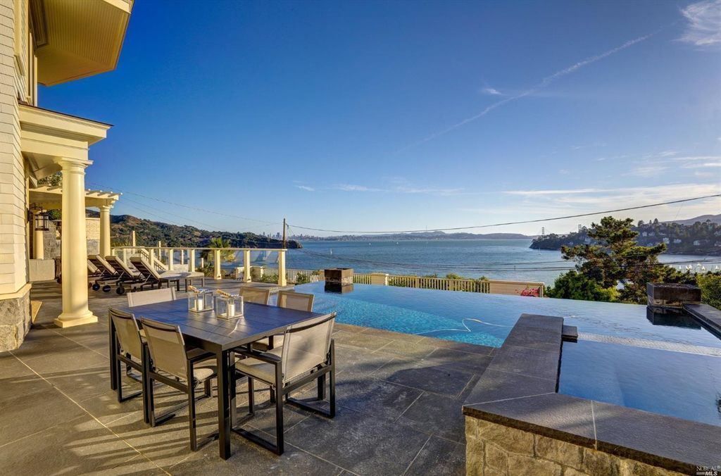 Our Favorite Homes on the Market This Week: 10.31.16 // 1877 Centro West Street, Tiburon California