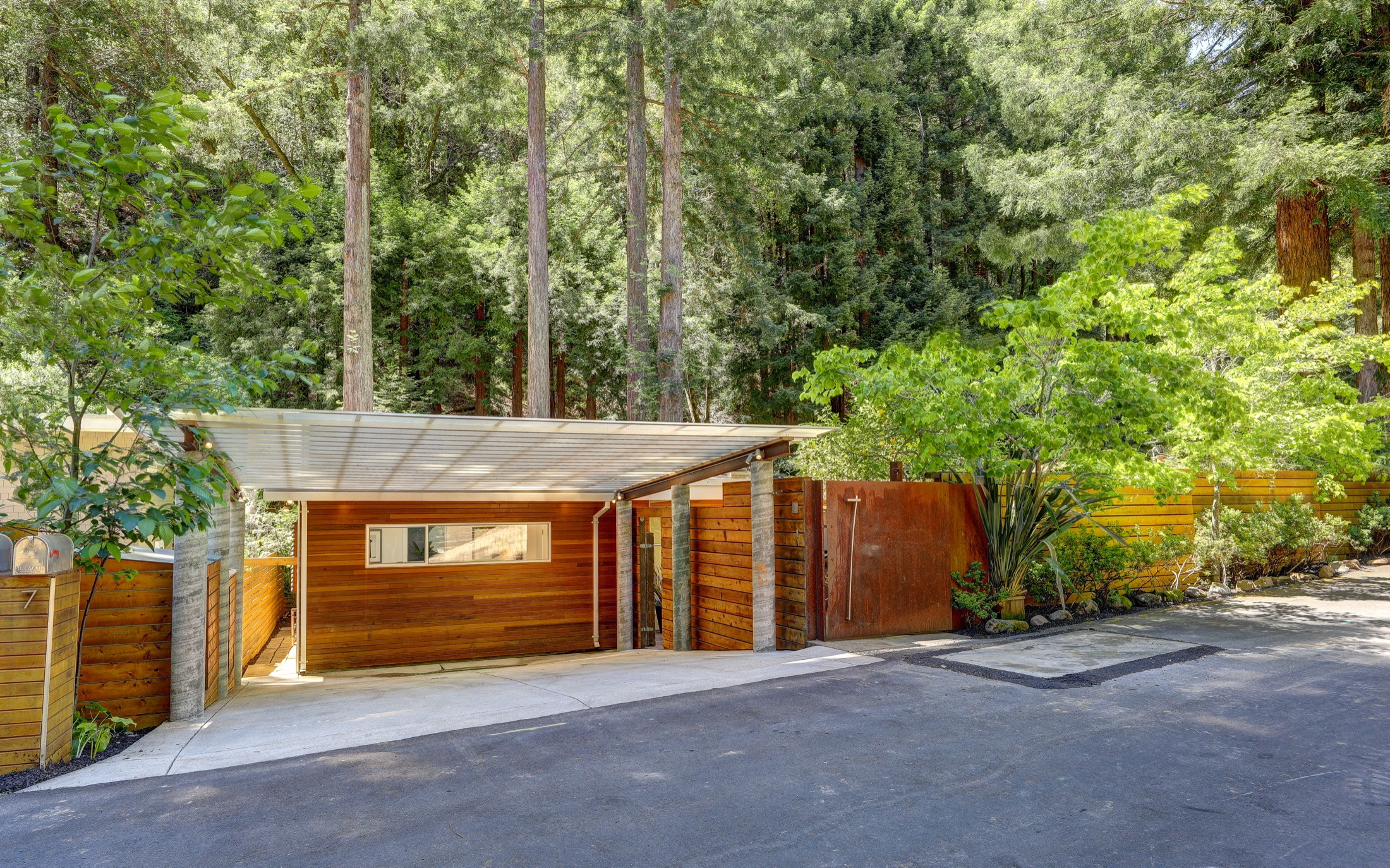 7 Barrie Way Mill Valley Real Estate 01 MLS- Own Marin Pacific Union - Marin County Realtors.jpg