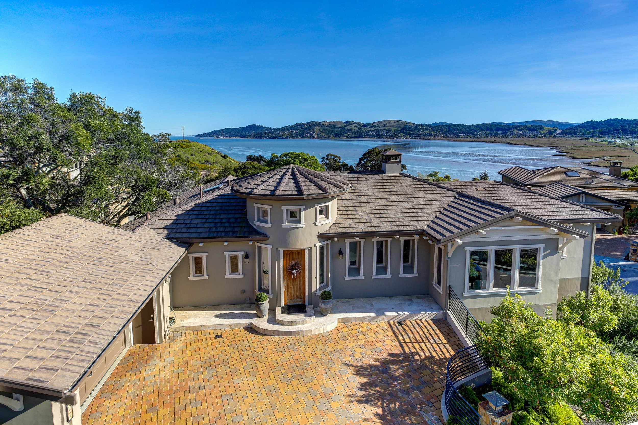 21 Drakes Cove Larkspur Best Realtor 04 MLS - Own Marin Pacific Union - Best Realtor in Marin County.jpg