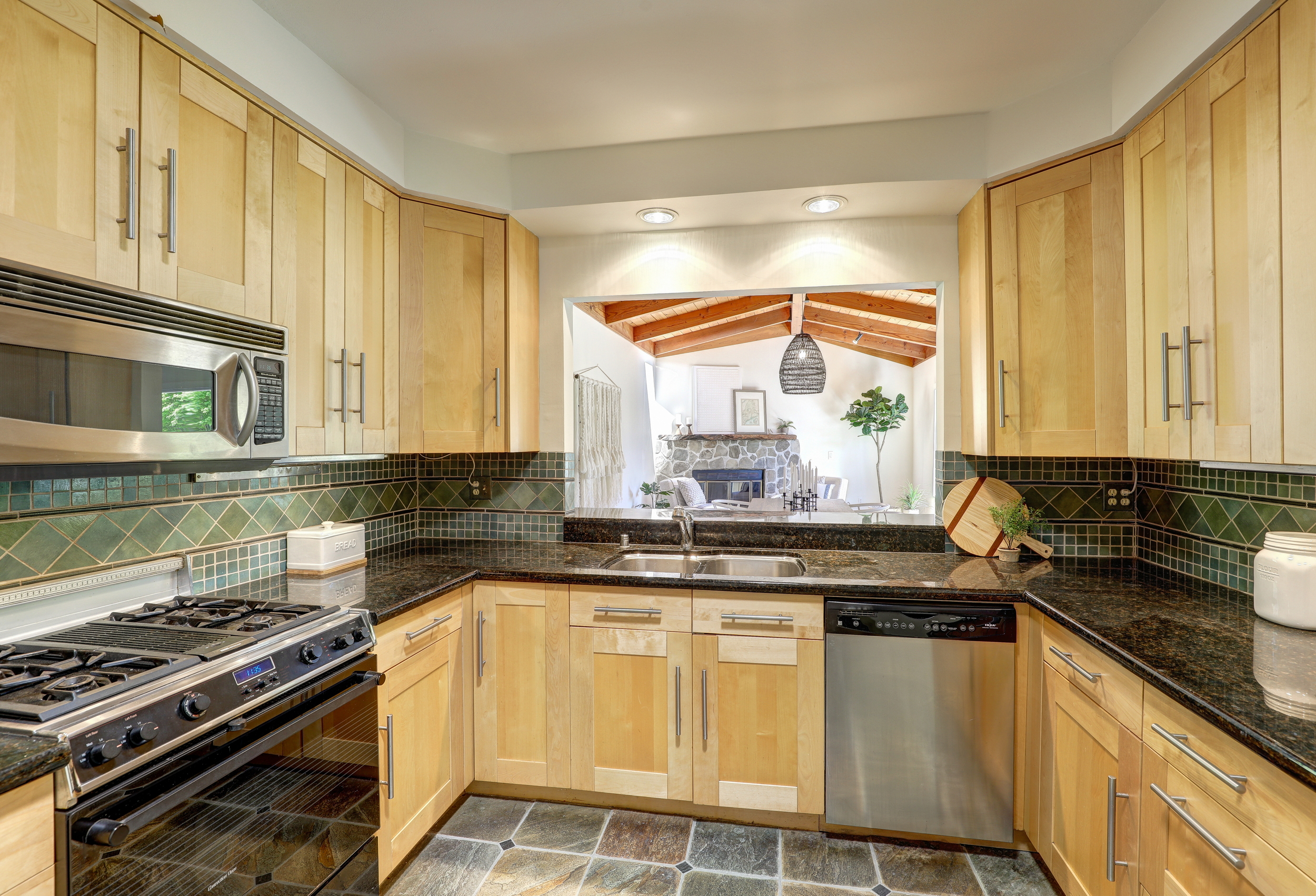 803 Everest Mill Valley's Best Realtor 16 - Own Marin Pacific Union - Marin County's Top Realtor.jpg