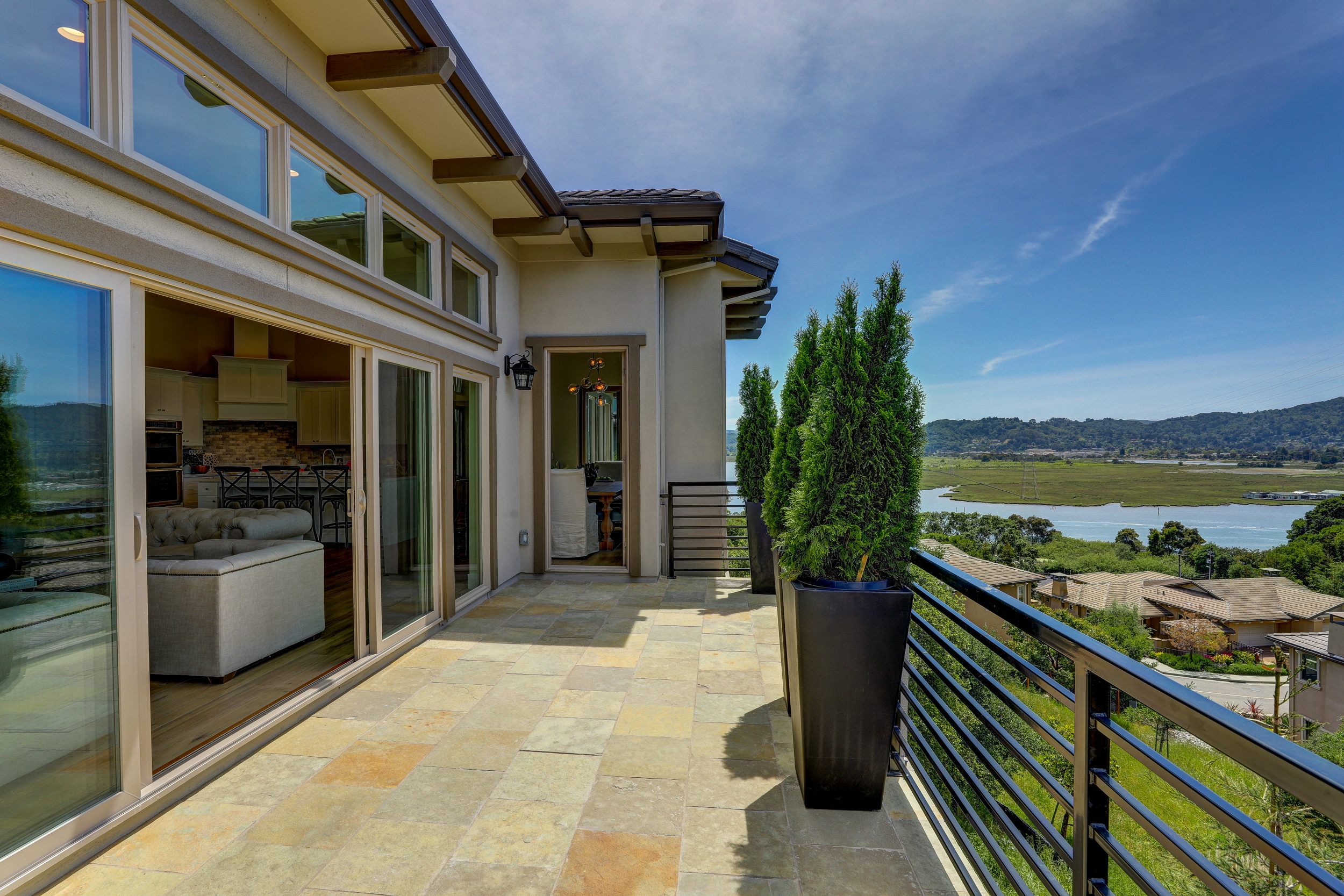 29 Drakes Cove Larkspur's Best Realtor 42 - Own Marin Pacific Union - Marin County's Top Realtor.jpg