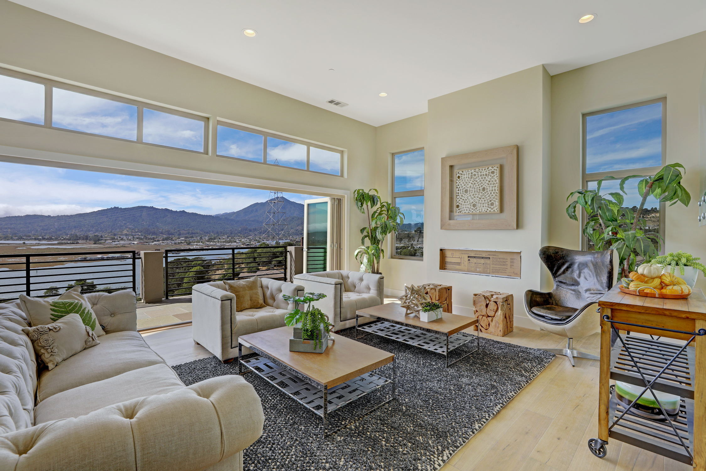 31 Drakes Cove, Larkspur Homes for Sale21 MLS - Own Marin with Compass - Mill Valley Realtor.jpg