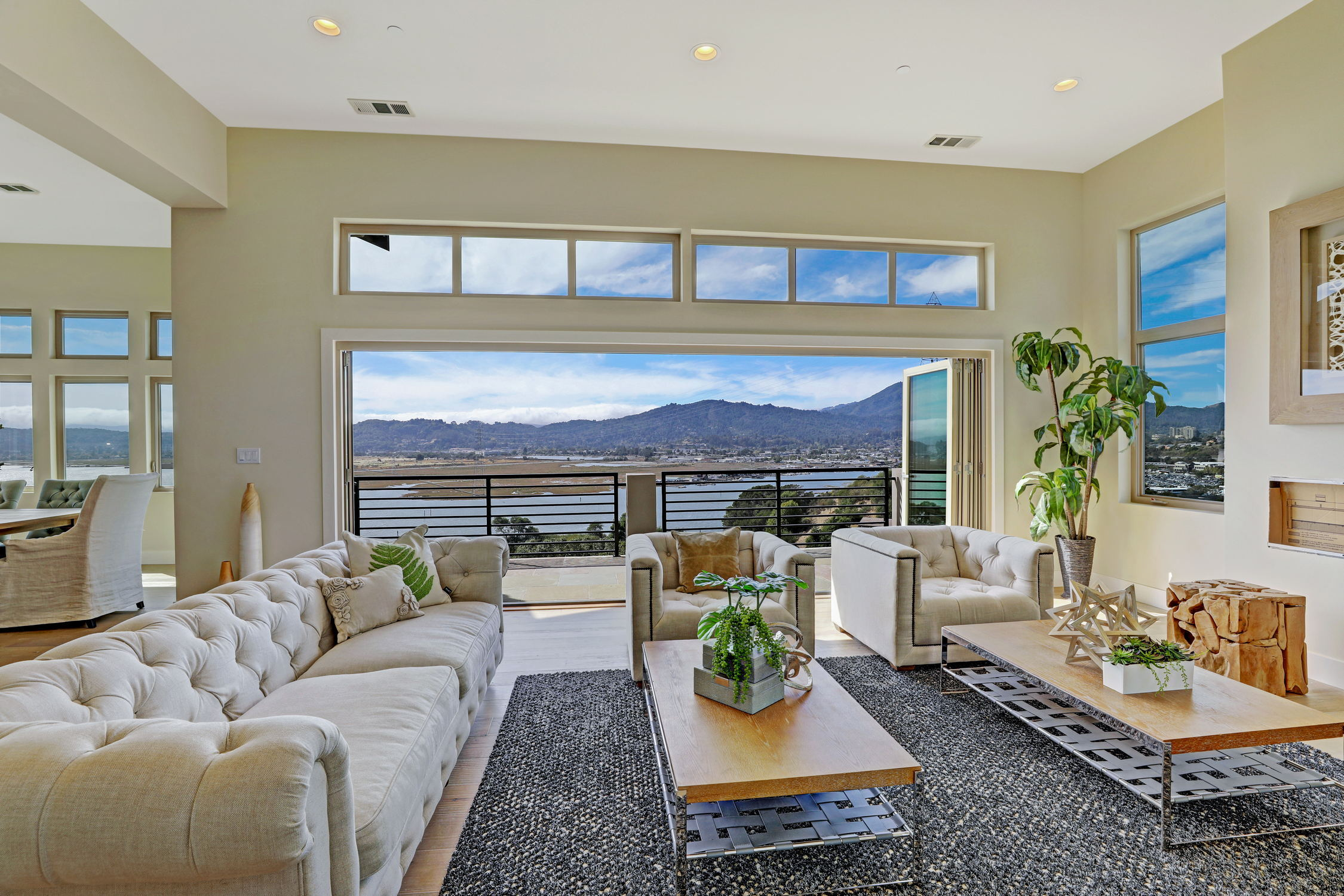 31 Drakes Cove, Larkspur Homes for Sale22 MLS - Own Marin with Compass - Mill Valley Realtor.jpg
