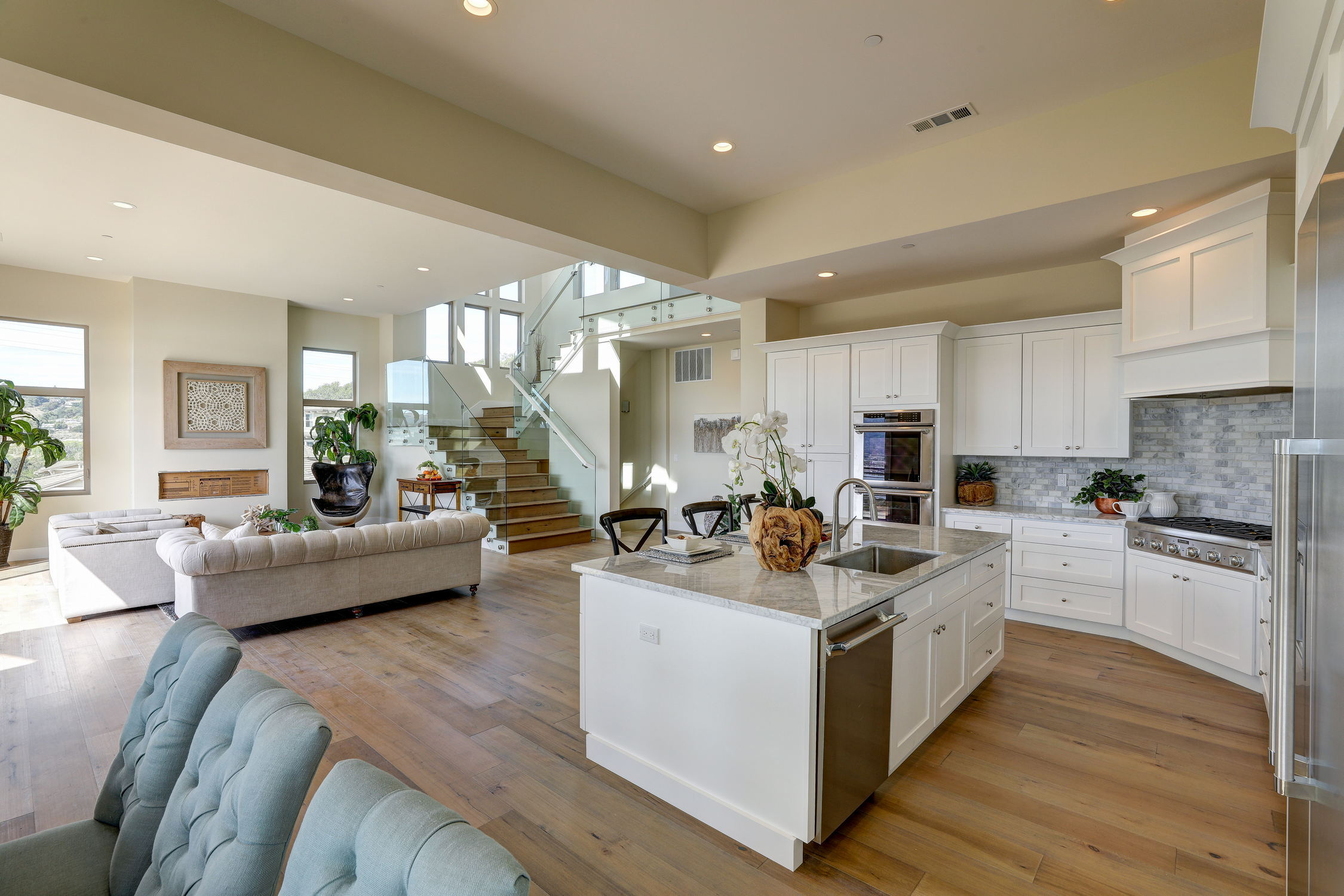 31 Drakes Cove, Larkspur Homes for Sale29 MLS - Own Marin with Compass - Mill Valley Realtor.jpg