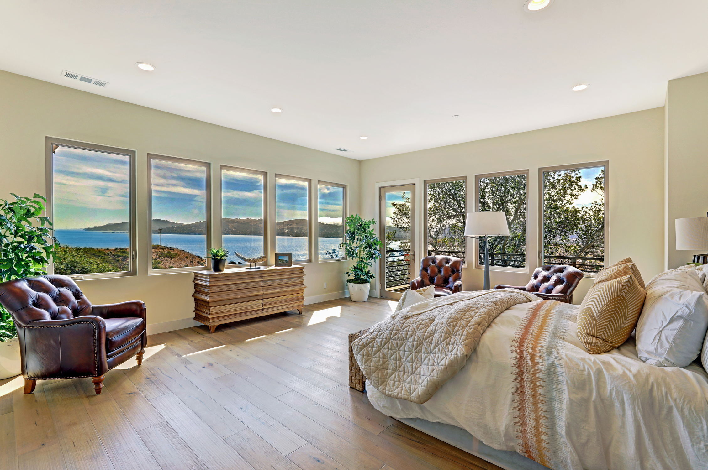 31 Drakes Cove, Larkspur Homes for Sale42 MLS - Own Marin with Compass - Mill Valley Realtor.jpg