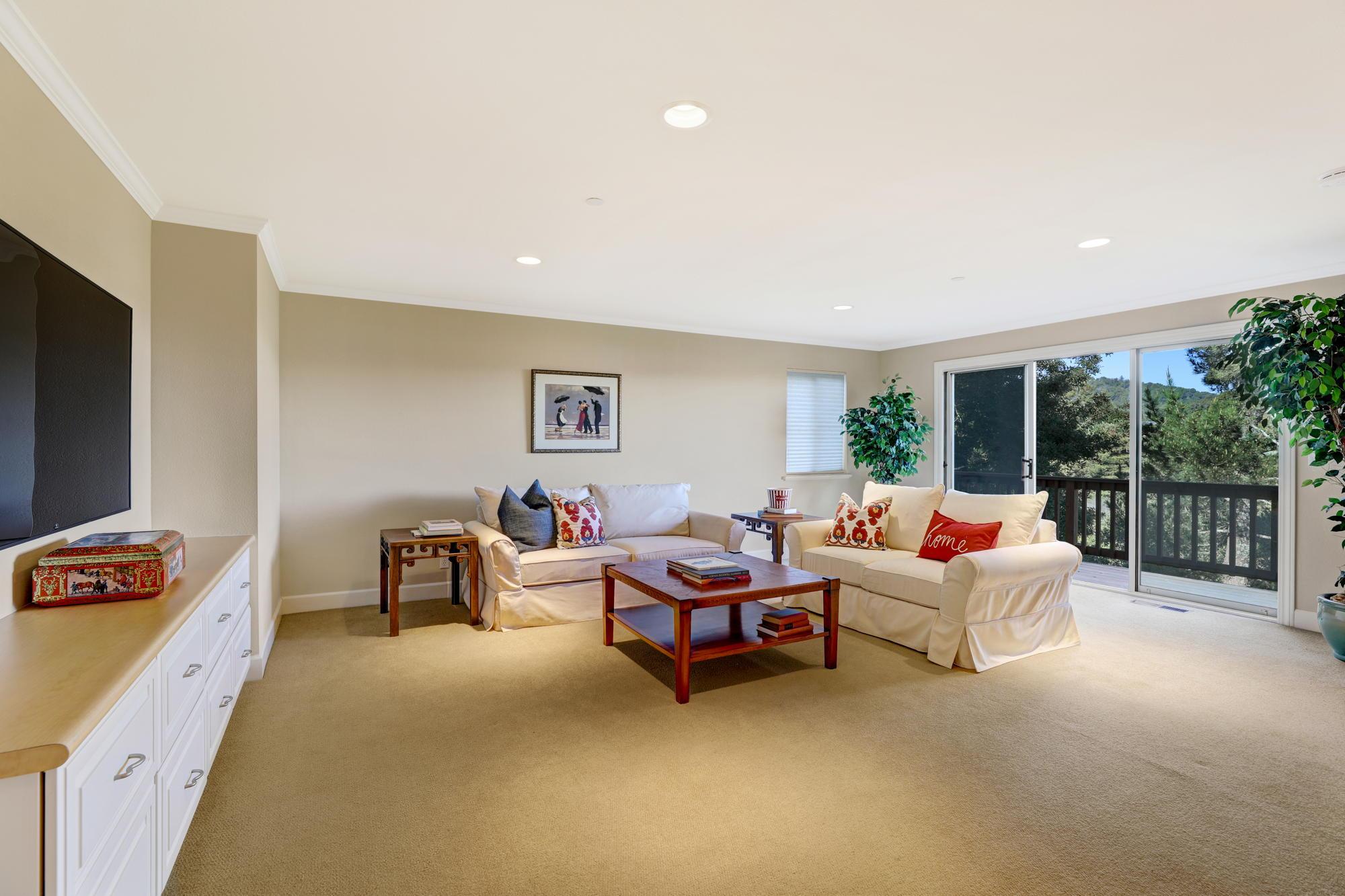 231 Marin Vista Larkspur #1 Realtor - 40 - Own Marin with Compass Real Estate.jpg